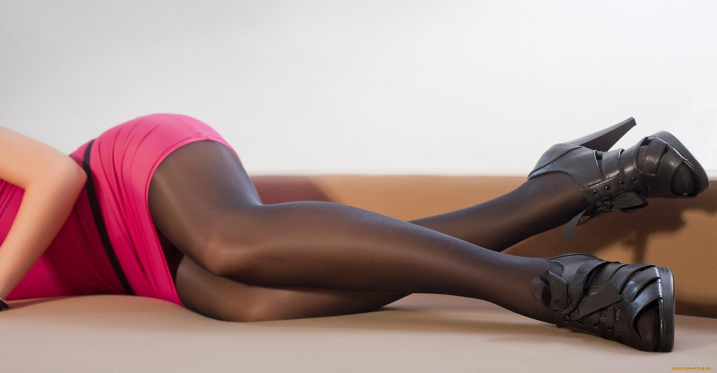 сексуальные ножки в колготках у девушек видео практически сижу
